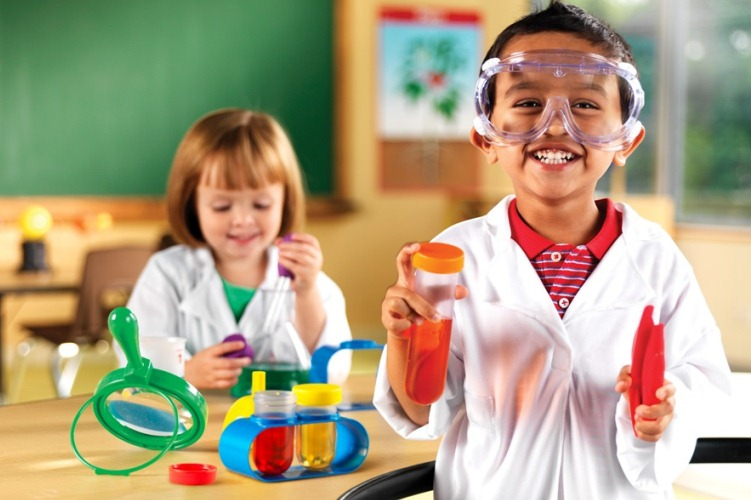 تعليم الاطفال بالمنزل ../أكاديمية الأطفال الموهوبين